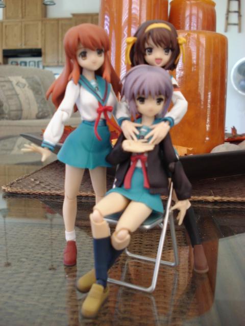 Haruhi, Mikuru and Nagato again